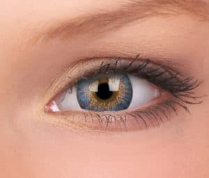 How to Choose the Best Color Contact Lenses